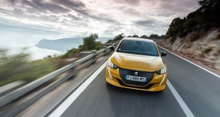 Novo PEUGEOT 208 eleito 'Car of the Year 2020'